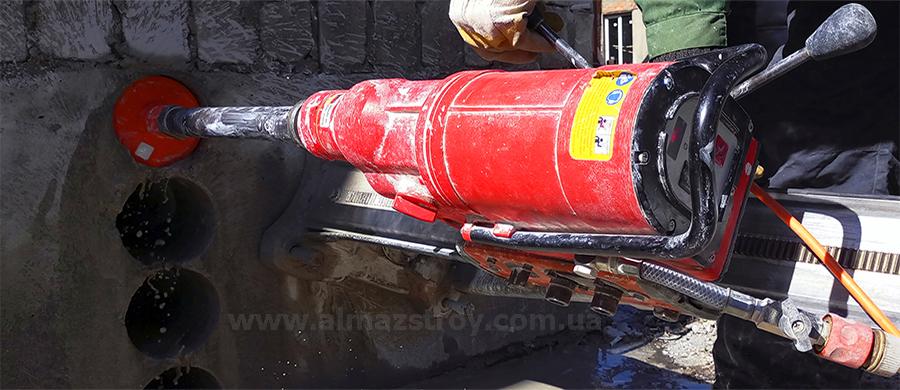 сверление бетона, бурение бетона, отверстие в бетоне
